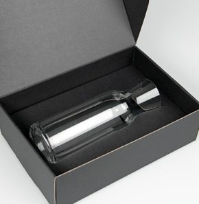 Black Gift box (1x Aquaria carafe)