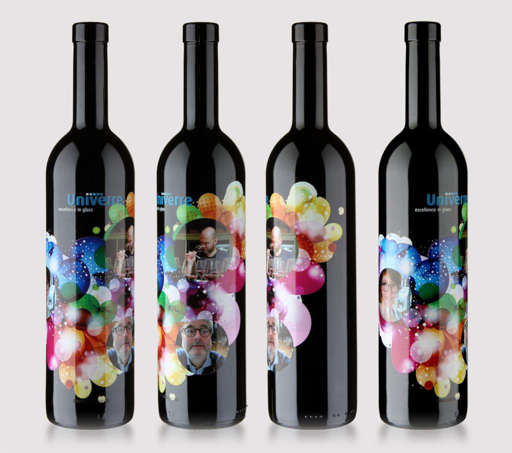 Stampa digitale su vetro: permette la stampa di molti colori e forme.
