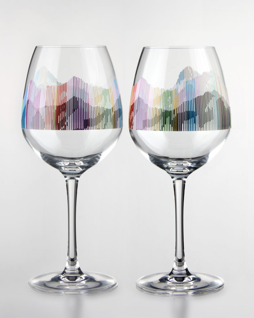 Stampa digitale su vetro: si possono stampare anche i bicchieri