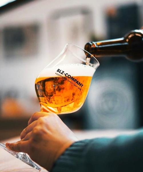 Un bicchiere da birra personalizzato per il tuo birrificio