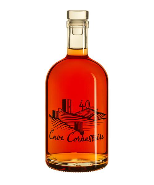 Stampa di bottiglie di vino Cuvée Arc en Ciel ©Cave Corbassiere