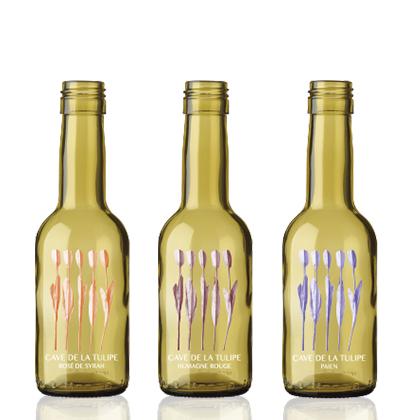 Adventskalender mit kleinen personalisierten Weinflaschen Cave de la Tulipe